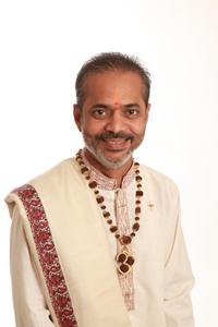 Hindu priest